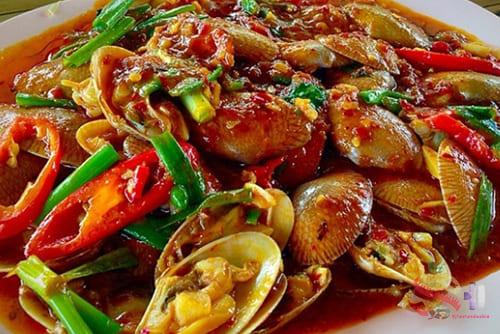 หอยลายผัดน้ำพริกเผา2 - 辣椒酱炒蛤蜊